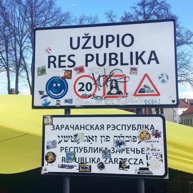 Republic Of Uzupis #uzupis #republicofuzupis #othersideoftheriver #ownrules #costitucion #everyonehastheright #todie #notanobligation #lithuania #vilnius #artists